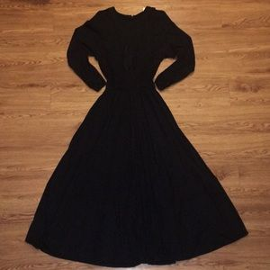 🌟Vintage Bill Blass black full length dress